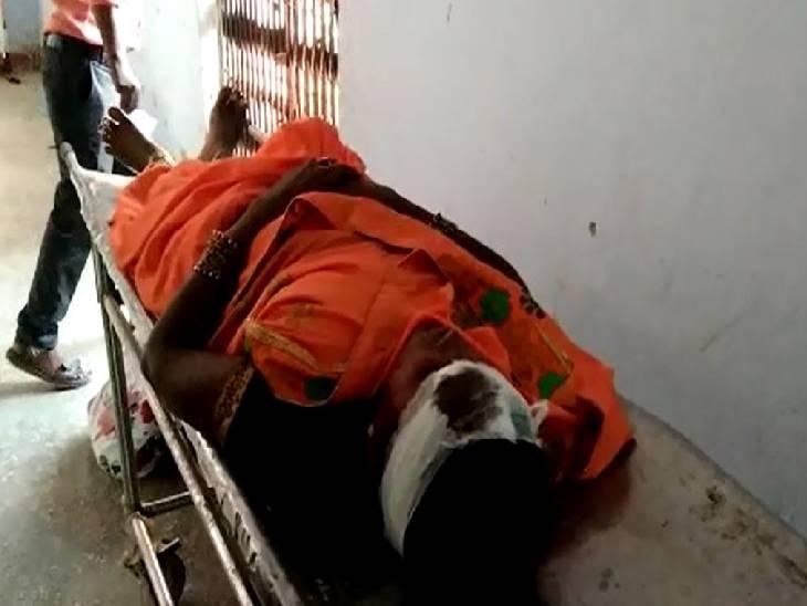 जीप और ट्रैक्टर में टक्कर, करीब आधा दर्जन लोग हुए घायल चित्रकूट,Chitrakoot - Dainik Bhaskar