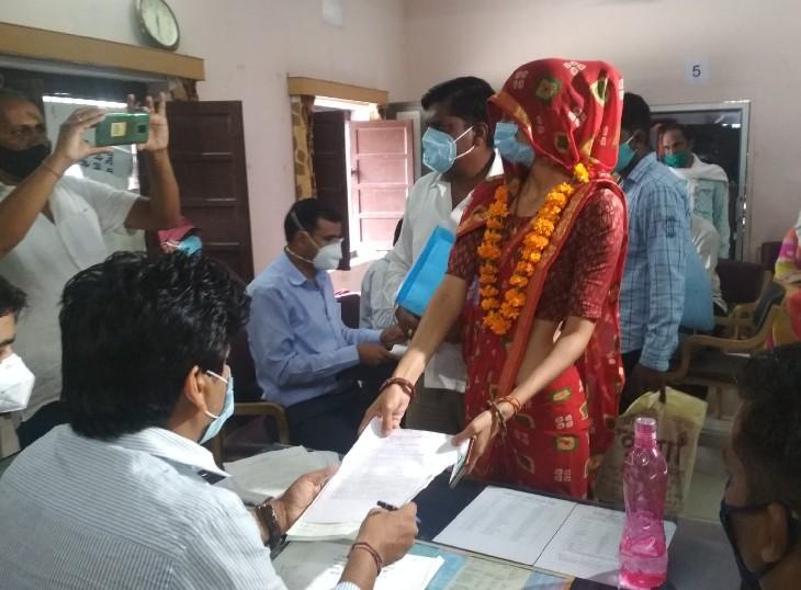 धौलपुर, अलवर की 72 सीटों के लिए 417 उम्मीदवारों ने भरा नामांकन; 11 अक्टूबर को ले सकेंगे नाम वापस; 20 अक्टूबर को होगी पहले फेज की वोटिंग|जयपुर,Jaipur - Dainik Bhaskar