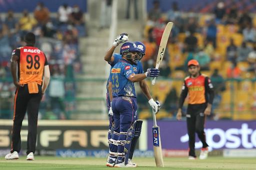 ईशान ने सनराइजर्स हैदराबाद के खिलाफ 32 गेंदों की पारी में 11 चौके 4 छक्के लगा डाले और 262.50 के स्ट्राइक रेट से 84 रन बनाए । ये उनके करियर की दूसरी सबसे तेज पारी थी।