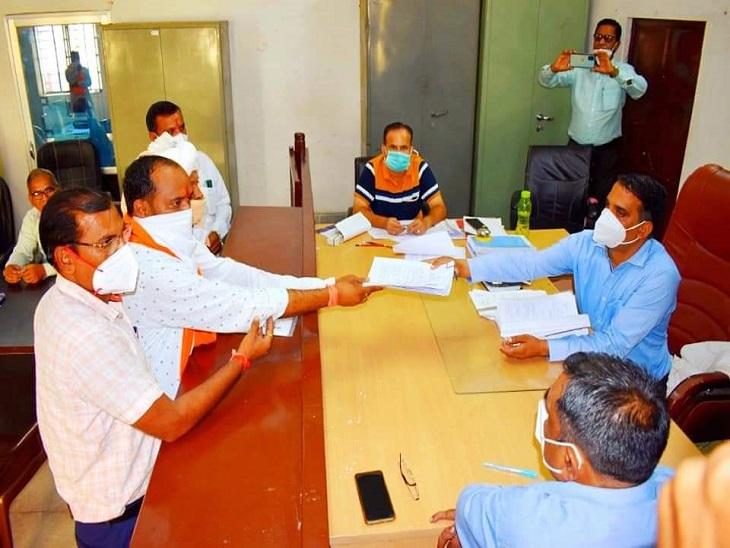 धरियावद में भाजपा-कांग्रेस से टिकट मांग रहे दो-दो नेताओं ने निर्दलीय पर्चा भरा, वल्लभनगर में दीपेंद्र को उतार पर्चा वापस ले सकते हैं भींडर|उदयपुर,Udaipur - Dainik Bhaskar
