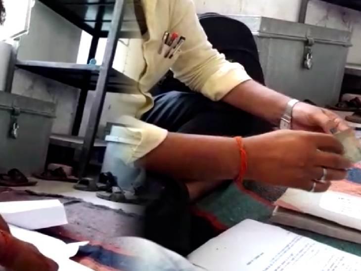 जमानत तस्दीक के नाम पर ली सौ रुपए की घूस, अभी तक नहीं हुई कार्रवाई|हमीरपुर,Hamirpur - Dainik Bhaskar