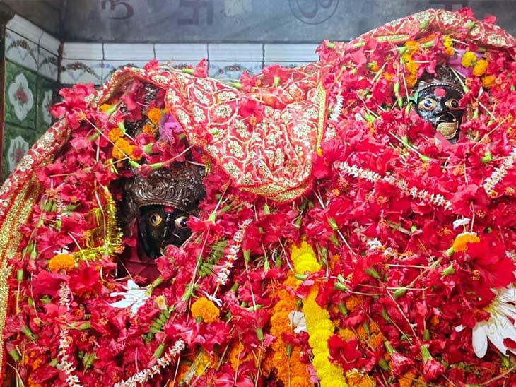 रामायण काल से जुड़ी है कहानी, देवी के नाम पर ही रखा गया शहर का नाम; मन्नत पूरी होने तक घी के बड़े दीये जलाते हैं श्रद्धालु भोजपुर,Bhojpur - Dainik Bhaskar