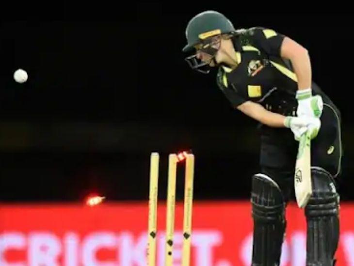 ऑस्ट्रेलिया के खिलाफ दूसरे टी-20 में शिखा पांडे ने बेहतरीन इन कटर पर हीली को बोल्ड किया, भारत फिर भी हारा|क्रिकेट,Cricket - Dainik Bhaskar