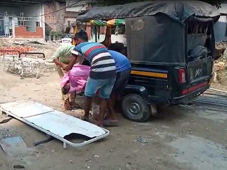 घरेलू विवाद को लेकर घर छोड़ निकली थी महिला, अगली सुबह वापस लौटने पर पति ने ईंट से सिर कुचलकर मार डाला; आरोपी गिरफ्तार बेतिया (पश्चिमी चंपारण),Bettiah (West Champaran) - Dainik Bhaskar