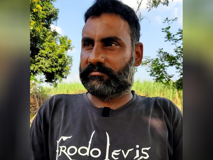 वीरेंद्र कहते हैं कि सरकार दावा करती है कि चौदह दिन में पेमेंट मिल जाएगा। हम किसानों को तो पेमेंट मिला नहीं, तो फिर पैसा किसके खाते में गया?