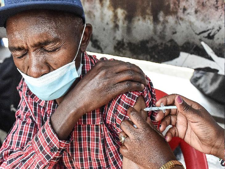 मुनाफे के फेर में कोरोना वैक्सीन गरीब देशों की पहुंच से बाहर; अमीरों को ज्यादा सप्लाई|द न्यू यार्क टाइम्स,The New York Times - Dainik Bhaskar