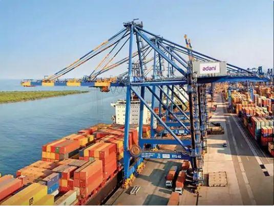 अडाणी ग्रुप ने अपने पोर्ट पर पाकिस्तान, अफगानिस्तान और ईरान के कार्गो की हैंडलिंग बंद की, ड्रग्स मामले के बाद कंपनी ने उठाया कदम|गुजरात,Gujarat - Dainik Bhaskar
