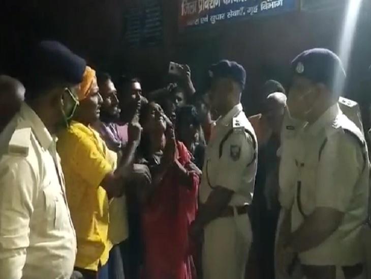 अपराधियों की गोली से घायल जवान की इलाज के दौरान गई जान, पूरे सम्मान के साथ दी गई अंतिम विदाई|बेगूसराय,Begusarai - Dainik Bhaskar