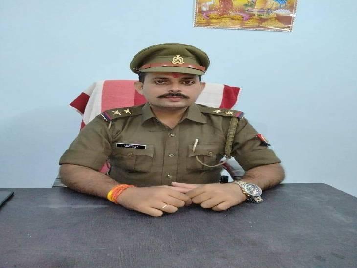 पतंगबाजी करने आए दस युवकों को पुलिस ने पकड़ा, छोड़ने के लिए यूपीआई के माध्यम से वसूले 10 हजार रुपए|उन्नाव,Unnao - Dainik Bhaskar