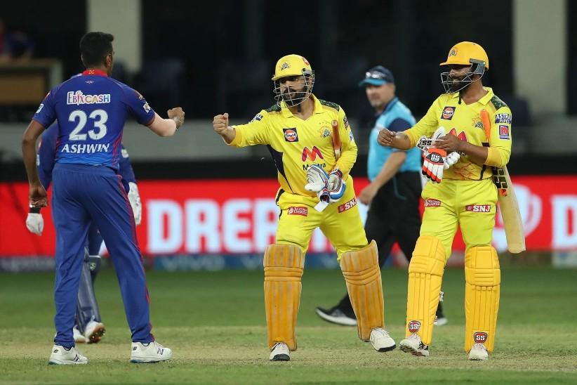CSK के हेड कोच ने बताया क्यों जडेजा से पहले बैटिंग करने आए माही; पोंटिग ने कहा- मैं पहले से जानता था|IPL 2021,IPL 2021 - Dainik Bhaskar