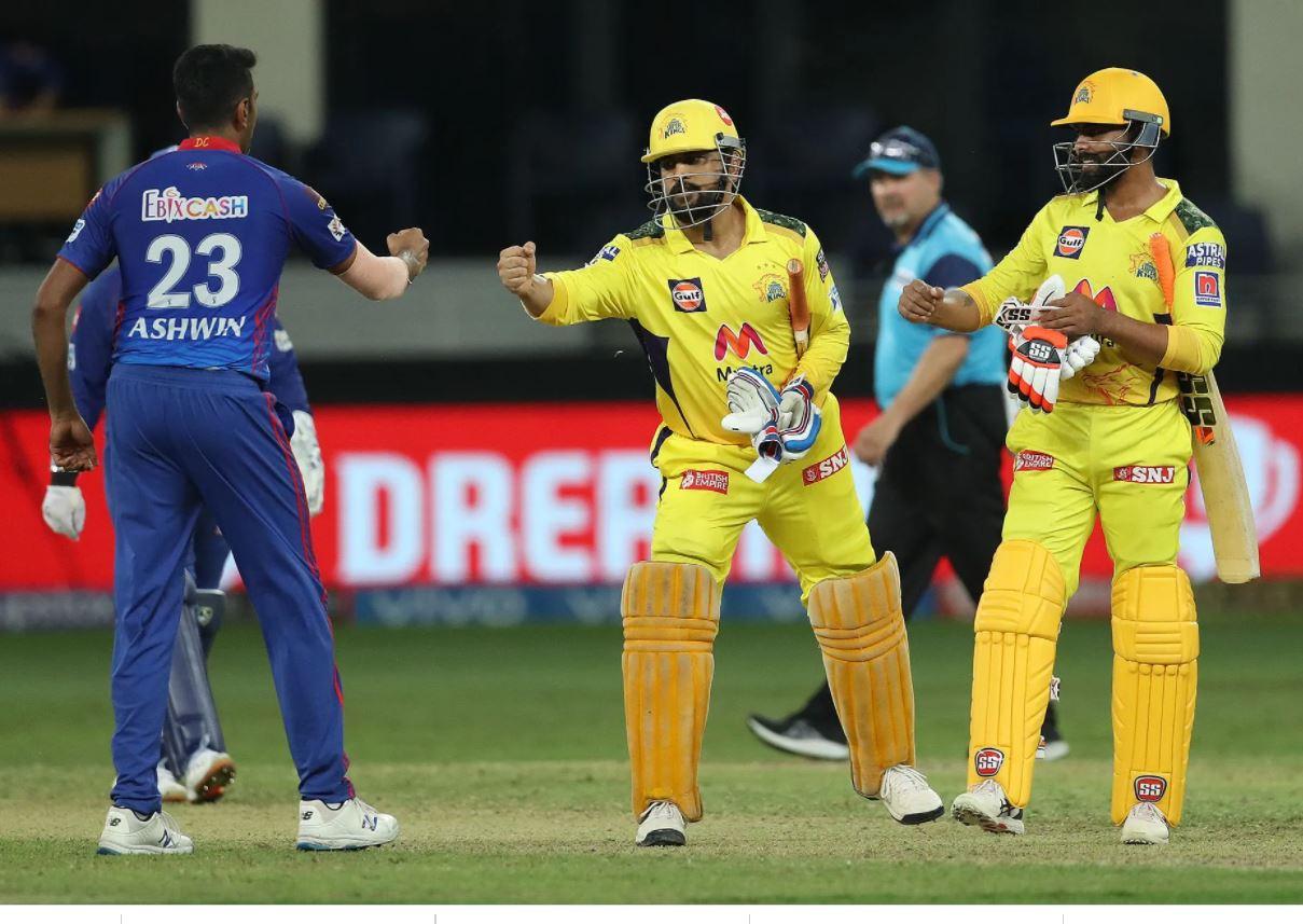 धोनी ने लगातार 3 चौके जड़कर चेन्न्ई को जीत दिलाई