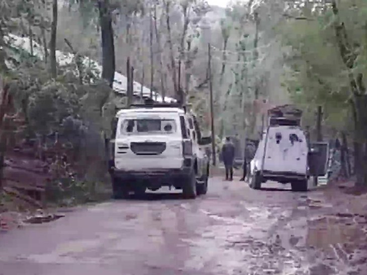 कश्मीर के अनंतनाग में सुरक्षाबलों ने एक आतंकी को मार गिराया है।
