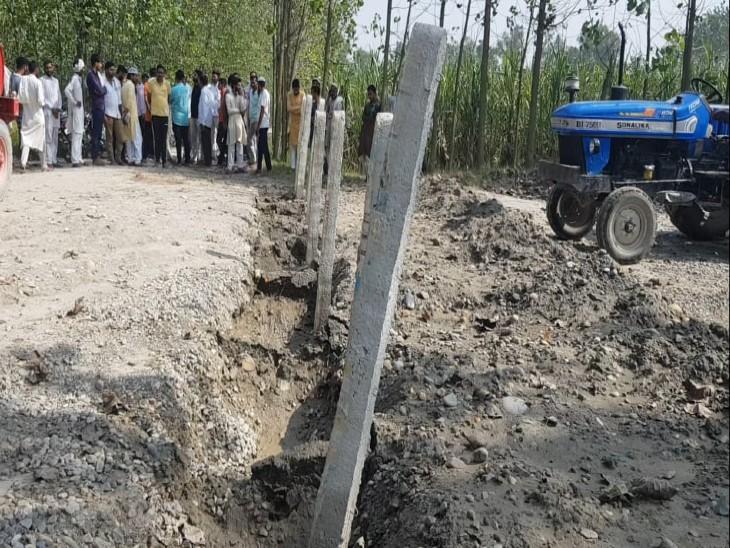 यमुना से हो रही रेत-बजरी की चोरी, यूपी सरकार ने सभी रास्ते बंद किए; किसानों का नदी किनारे खेतों तक पहुंचना हुआ मुश्किल|यमुनानगर,Yamunanagar - Dainik Bhaskar
