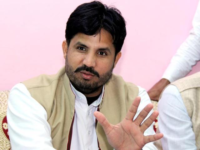 ट्रांसपोर्ट मंत्री वड़िंग ने पूछा - क्या AAP ट्रांसपोर्ट माफिया के साथ है; मुझे मिलने का वक्त क्यों नहीं दिया?|जालंधर,Jalandhar - Dainik Bhaskar