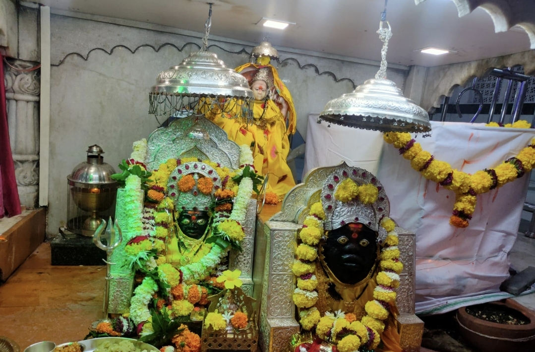छिंदवाड़ा के मोहन कालरी अंबाडा में बसा है मां हिंगलाज का दरबार, पाकिस्तान से आए व्यापारी लाए थे मूर्ति|छिंदवाड़ा,Chhindwara - Dainik Bhaskar