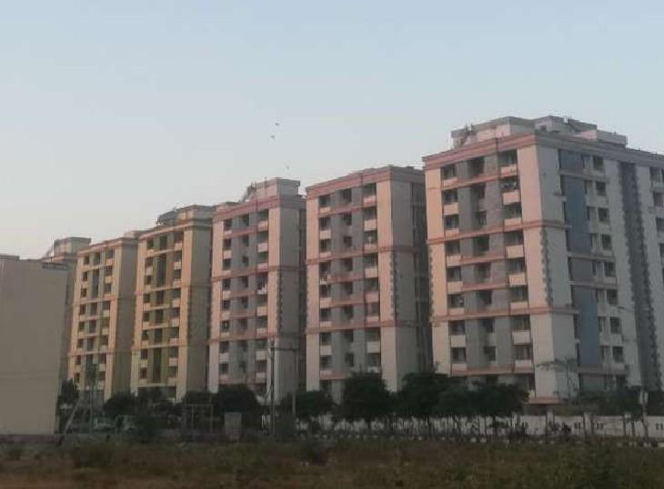 आवासीय योजना के ऑनलाइन आवेदन की प्रक्रिया अटकी; बोर्ड प्रशासन ने 25 अक्टूबर तक डेट बढ़ाई|जयपुर,Jaipur - Dainik Bhaskar