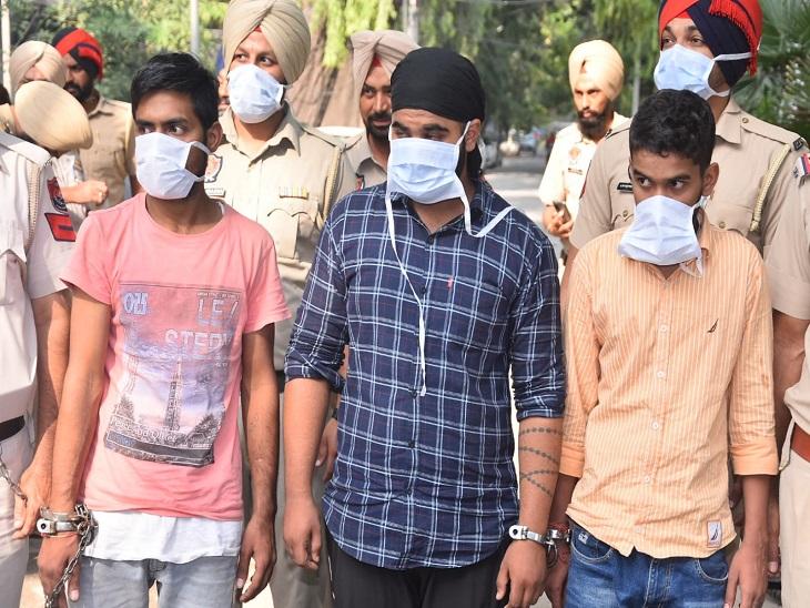 आनंदपुर साहिब से आए बुजुर्ग से छीन लिया था 5 लाख रुपए से भरा बैग, तीन लुटेरों ने दिया था घटना का अंजाम|अमृतसर,Amritsar - Dainik Bhaskar