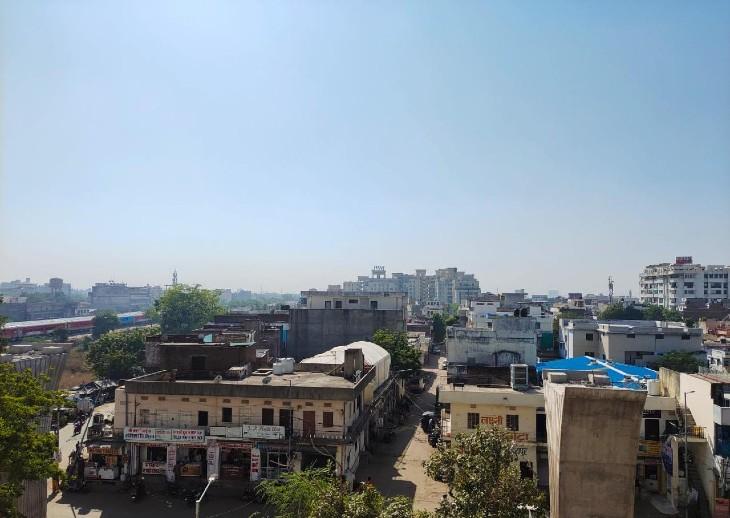 शेखावाटी में रात का पारा 20 डिग्री से नीचे आया, दिन का तापमान भी 2-3 डिग्री गिरा; 17 अक्टूबर को प्रदेश के पूर्वी हिस्से में बारिश के आसार|जयपुर,Jaipur - Dainik Bhaskar