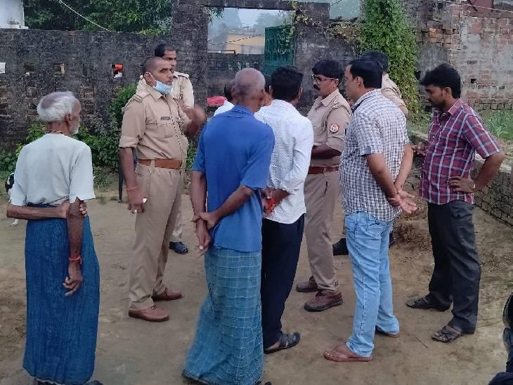 पुलिस का कहना है कि पोस्टमार्टम रिपोर्ट आने के बाद आगे की कार्रवाई की जाएगी। - Dainik Bhaskar