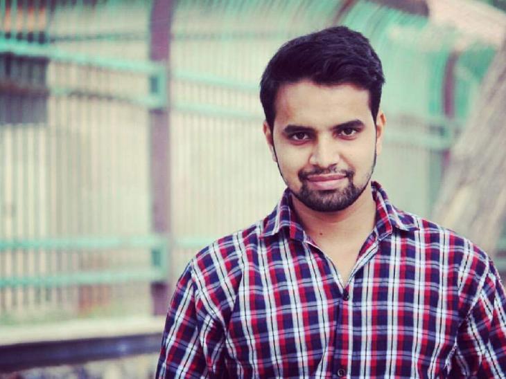 27 साल के अनुराग की शुरुआती पढ़ाई-लिखाई राजस्थान में हुई। इसके बाद उन्होंने दिल्ली से ग्रेजुएशन और मास्टर्स की पढ़ाई की।
