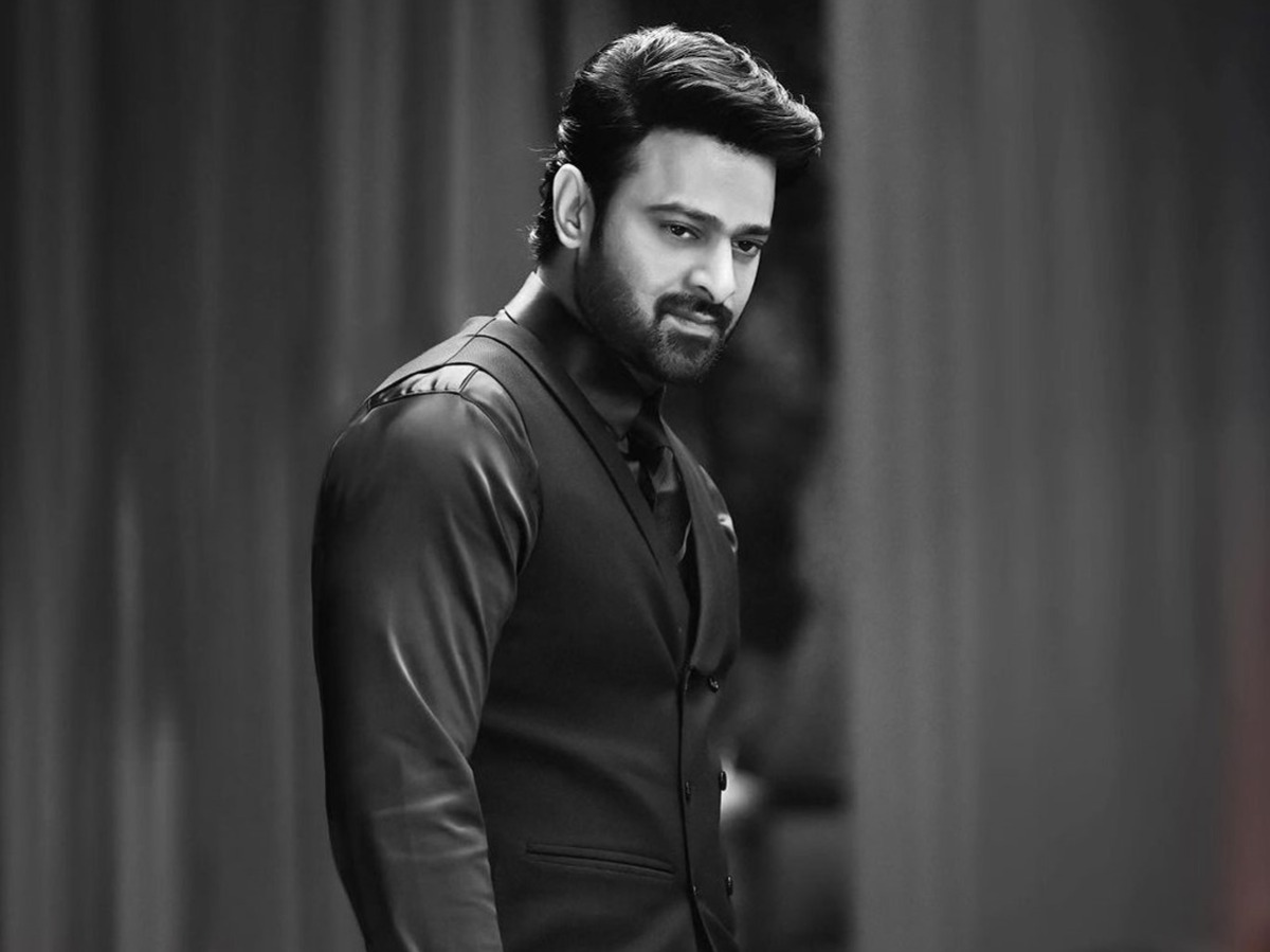 prabhas is charging a crazy fee for adipurush12006 1634129344