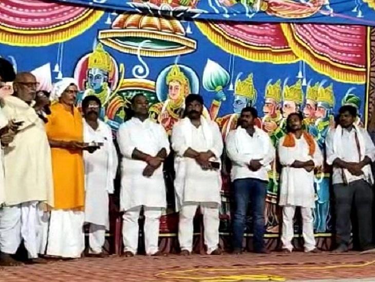 कल्याणपुर में आचार संहिता का उल्लंघन करने वाले रामलीला कमेटी के अध्यक्ष पर प्राथमिकी। - Dainik Bhaskar