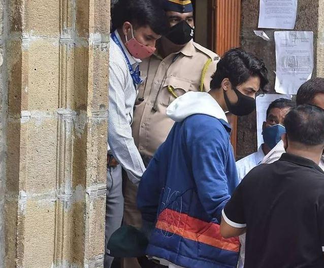 This picture of Aryan was taken when he was being taken to Arthur Road Jail in Mumbai.