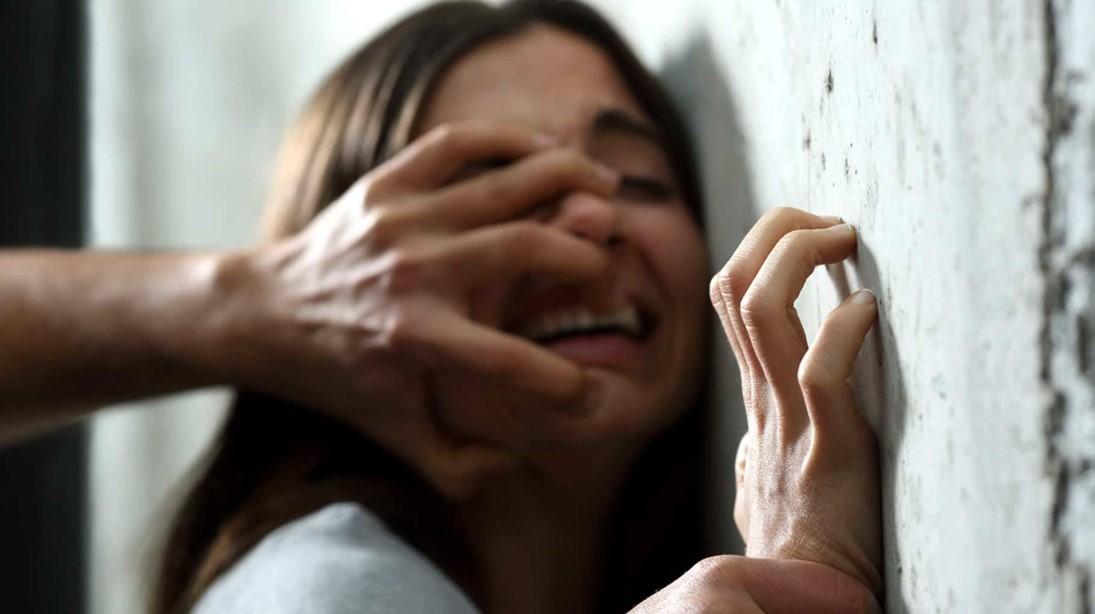 सूरत से आई लड़की से परिचित ने दुष्कर्म किया; बेटी के गुमशुम रहने पर पिता को पता चला भोपाल,Bhopal - Dainik Bhaskar