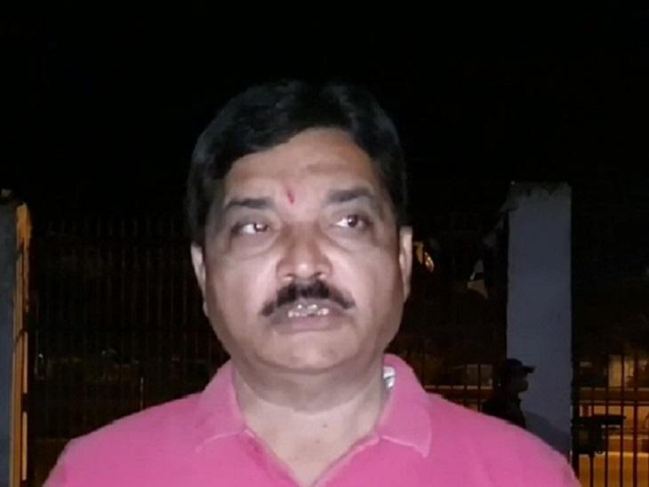महासचिव मनीष श्रीवास्तव ने कहा, अगर उनके बेटे सिद्धार्थ श्रीवास्तव से कोई गलती हुई है तो पुलिस निष्पक्ष रूप से उसके विरुद्ध कड़ी से कड़ी कार्रवाई करे।
