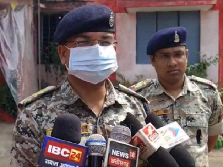एडिशनल SP राहुल देव शर्मा ने बताया कि SDOP निमितेश सिंह राउंड पर निकले हुए थे। कुछ लड़कों के हुड़दंग की सूचना पर पहुंचे और समझाइश दी, लेकिन वे अभद्रता करने लगे।