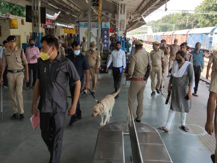 बांदा में पुलिस ने चलाया चेकिंग अभियान। - Dainik Bhaskar