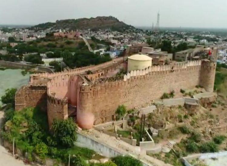 जयपुर-जोधपुर से भी प्राचीन हैं सोजत का किला, राजा त्रवणसेन की बेटी सेजल के नाम पर हुई थी सोजत की स्थापना|पाली,Pali - Dainik Bhaskar