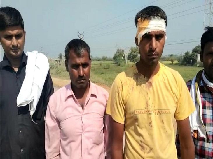 लखनऊ से 2 भाई रोहतक लाए 300 किलो बाल, लाखनमाजरा के पास 4 बदमाशों ने गन पॉइंट पर दिया वारदात को अंजाम कौशांबी,Kaushambi - Dainik Bhaskar