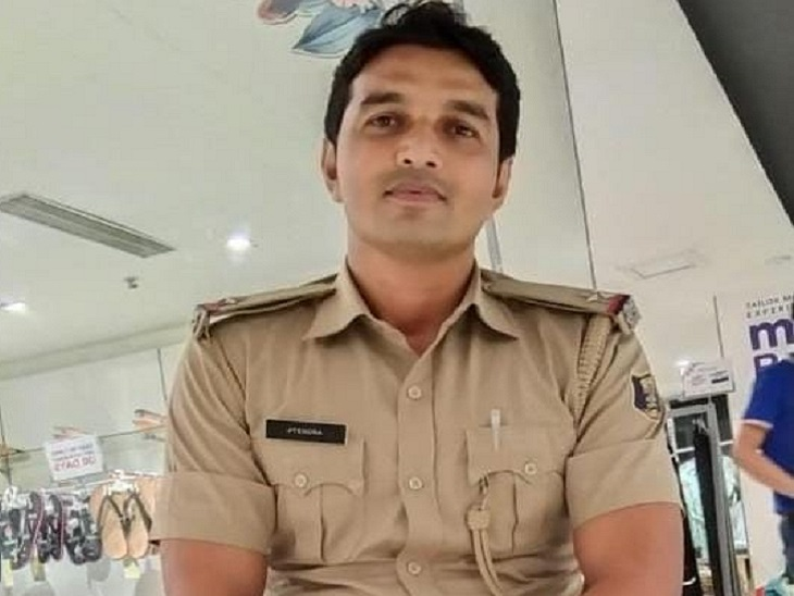आरोपित ASI जितेंद्र कुमार। - Dainik Bhaskar