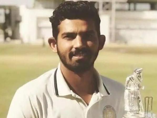 सौराष्ट्र के युवा क्रिकेटर और पूर्व भारतीय अंडर-19 टीम के कप्तान अवि बारोट का 29 साल की उम्र में दिल का दौरा पड़ने से निधन|क्रिकेट,Cricket - Dainik Bhaskar
