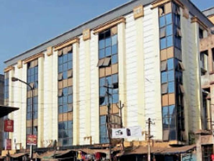 टेक्सटाइल मार्केट का किराया 15 प्रति वर्ग मीटर तय किया जाएगा|धनबाद,Dhanbad - Dainik Bhaskar