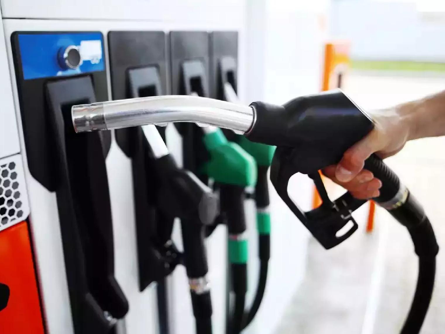 तेल निर्यातक देशों से बात कर रही भारत सरकार, उत्पादकों और उपभोक्ताओं के लिए 'वाजिब' दाम की दलील|बिजनेस,Business - Dainik Bhaskar
