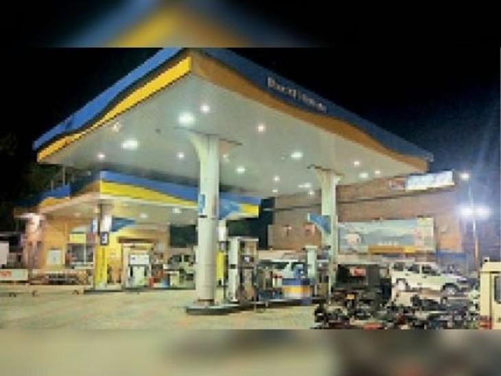 जमशेदपुर और रांची में भी डीजल 100 रुपए के पार|जमशेदपुर (पूर्वी सिंहभूम),Jamshedpur (East Singhbhum) - Dainik Bhaskar