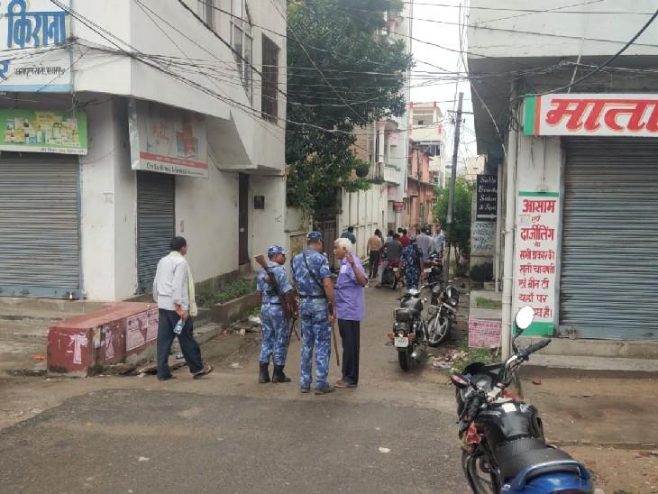 मुशहरी प्रखंड के रामदयालु में बूथों पर हंगामा, पुलिस ने पहुंचकर खदेड़ा|मुजफ्फरपुर,Muzaffarpur - Dainik Bhaskar