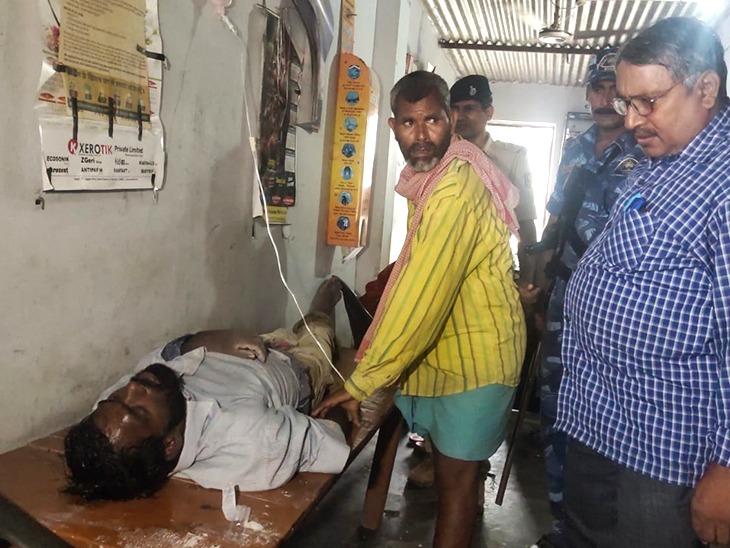 नशा खिलाकर शातिरों ने युवक को फेंका हाईवे किनारे पानी भरे तालाब में, हालत गंभीर|मुजफ्फरपुर,Muzaffarpur - Dainik Bhaskar