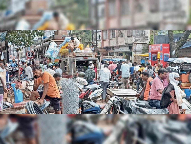 जगन्नाथपुर आईटीआई प्रशिक्षण केंद्र में किट से जांच में दो छात्राएं मिलीं कोरोना संक्रमित, टेस्ट के लिए भेजा सैंपल जगन्नाथपुर,Jagannathpur - Dainik Bhaskar