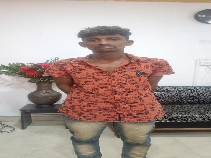दुर्ग जिला अदालत से पुलिस के सामने से हुआ था फरार, गुरुवार को खुद ही कोतवाली पहुंच गया भिलाई,Bhilai - Dainik Bhaskar