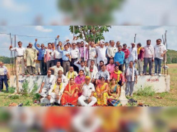 वीर मेला आयोजन समिति के अध्यक्ष चुने गए मानकदर पट्टी तार्रीभरदा,Tarribharada - Dainik Bhaskar