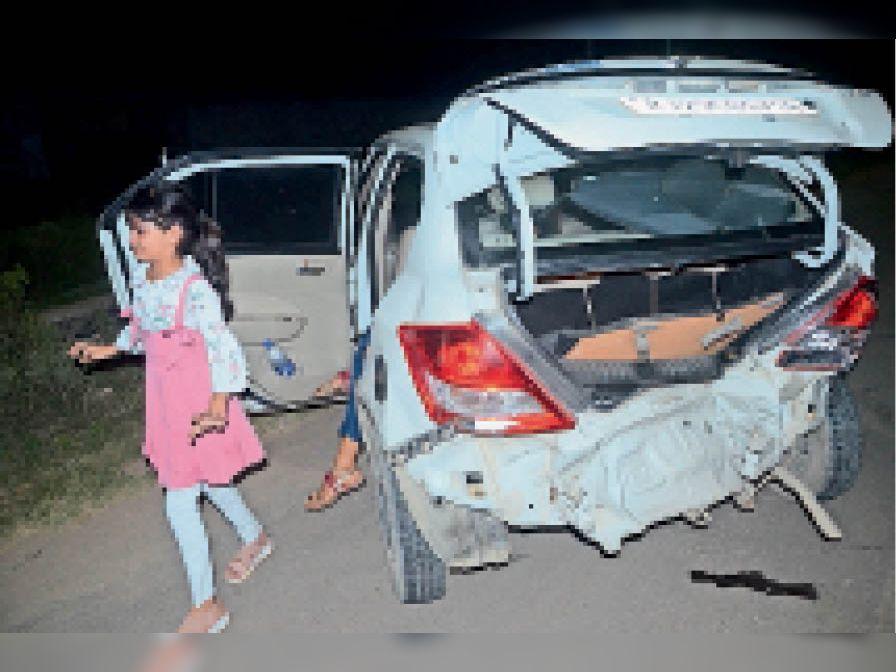 बदमाशों ने कार चालक महिला व परिवार पर किया जानलेवा हमला, बचाने आए पति से मारपीट भी की|सीकर,Sikar - Dainik Bhaskar