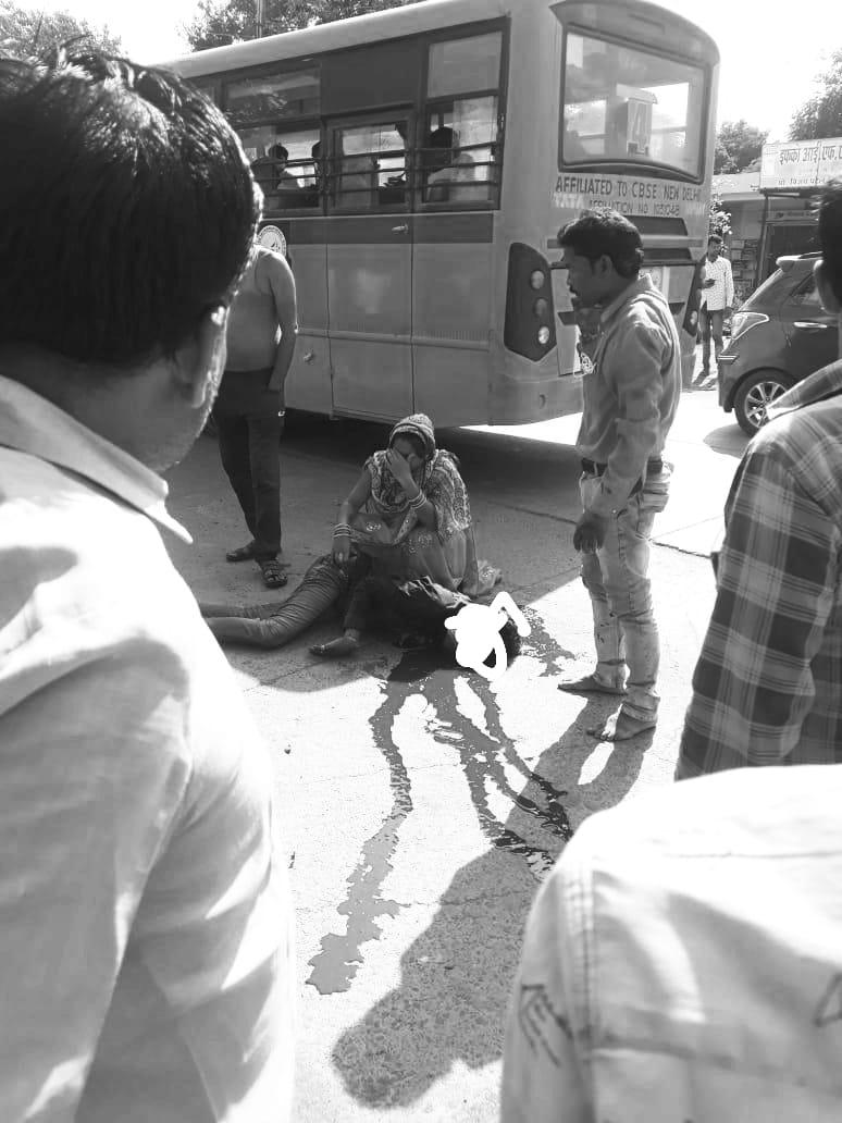 इटारसी में NH-69 पर एक्सीडेंट के बाद कंटेनर लेकर भागा ड्राइवर|होशंगाबाद,Hoshangabad - Dainik Bhaskar
