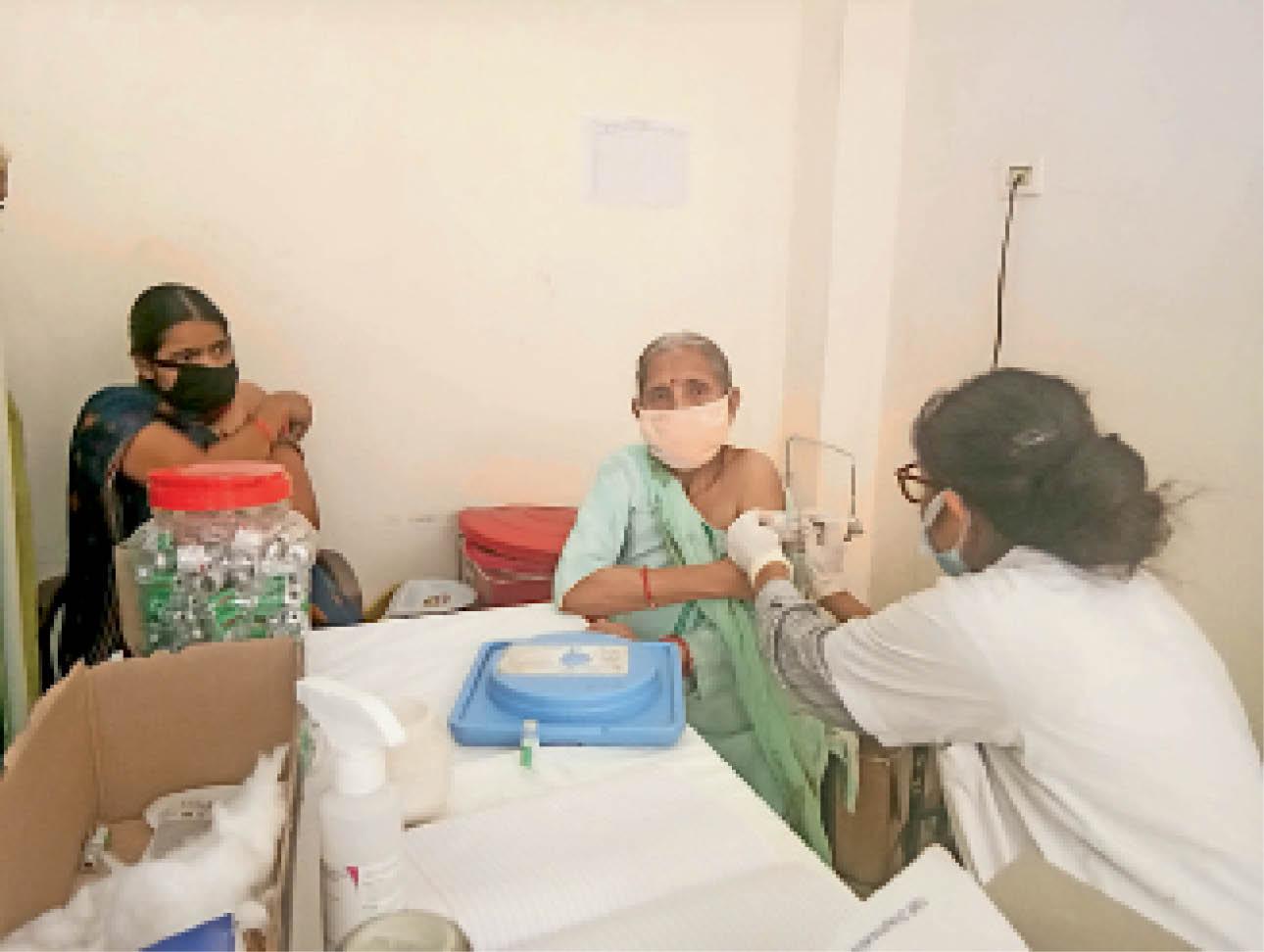 कोरोना टीका नहीं लगवाने वालों को, घर-घर जाकर तलाशेंगी आशा वर्कर-एएनएम अमृतसर,Amritsar - Dainik Bhaskar