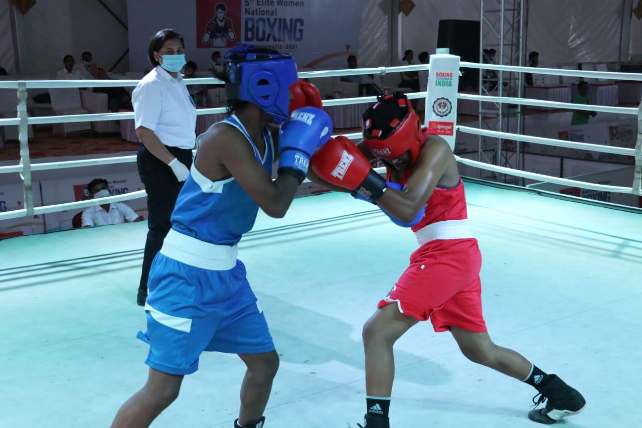 पहले दिन पूजा बिश्नोई, प्रीति चौहान व हेमलता ने जीते अपने मैच; 5 दिवसीय प्रतियोगिता में 300 महिला खिलाड़ी पहुंचीं|हिसार,Hisar - Dainik Bhaskar