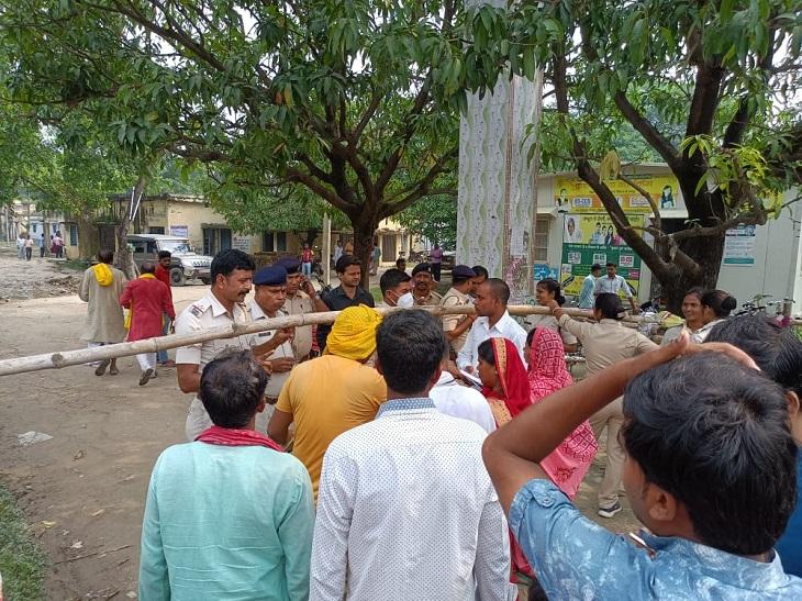 योगापट्टी में पहले दिन 285 प्रत्याशियों ने दाखिल किया पर्चा, 24 नवंबर को होगा मतदान बिहार पंचायत चुनाव,Bihar Panchayat Election - Dainik Bhaskar