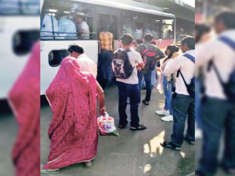 हड़ताल से शहर में नहीं चलीं 300 लो फ्लोर बसें, 2 लाख यात्री परेशान|जयपुर,Jaipur - Dainik Bhaskar