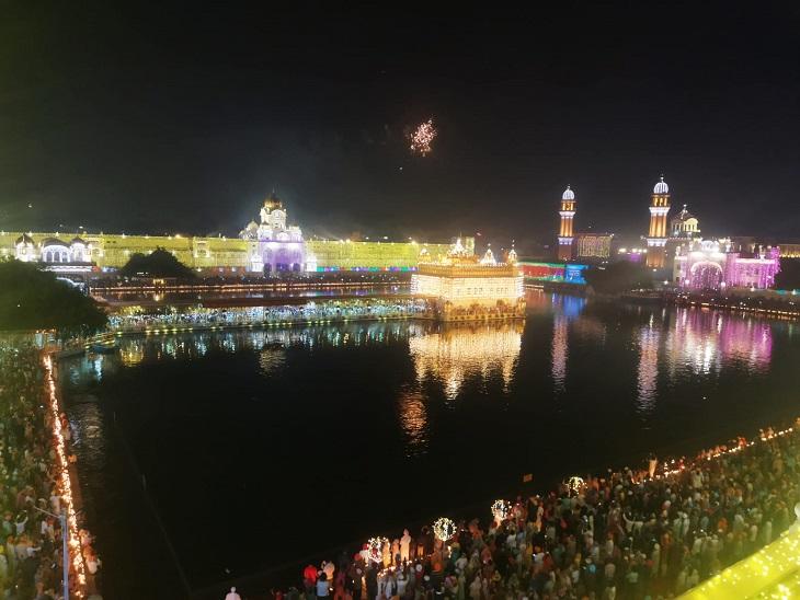 गुरु रामदास के 467वें प्रकाश पर्व पर 2 लाख श्रद्धालुओं ने टेका माथा, आसमान पर अटकीं नजरें|अमृतसर,Amritsar - Dainik Bhaskar